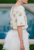 chanel-spring-2019-couture-flowers3