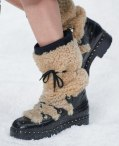 chanel-in-the-snow-fall-2019-collection-shearling-boots