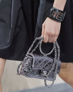 chanel-spring-summer-2020_iridescent-round-handle-bag