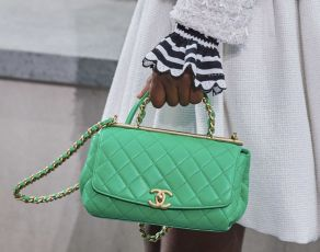 chanel-spring-summer-2020_top-handle-bag-green