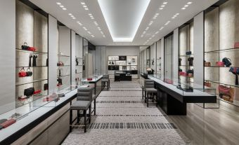 CHANEL_Montreal_boutique_Holt_Renfrew_Ogilvy (4)