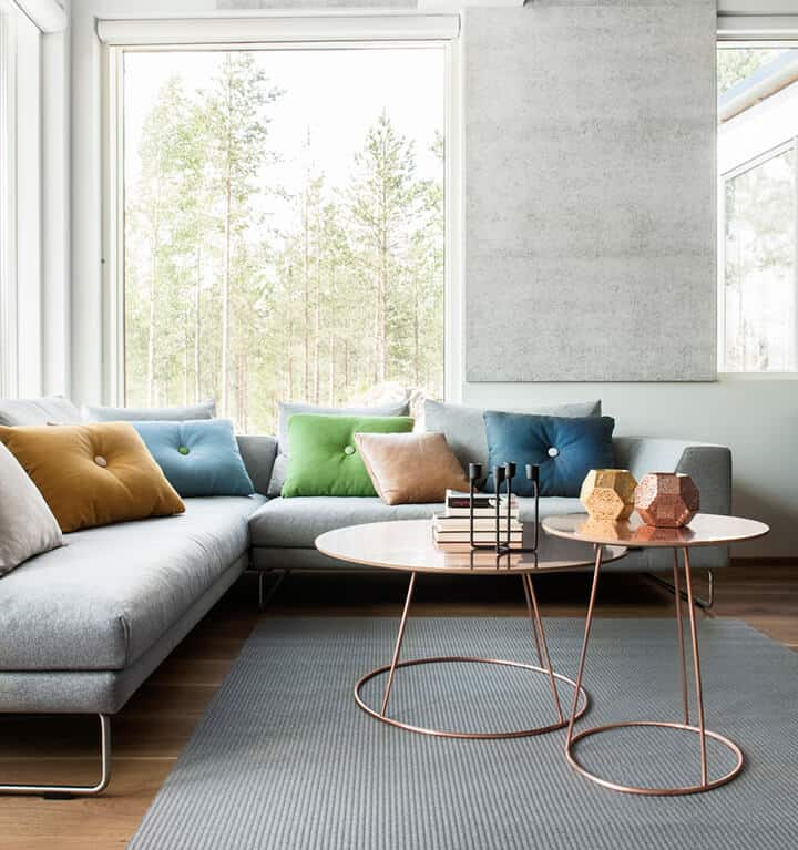Coffee Table_Living Room Trends_Emily_Henderson_CLUSTERED COFFEE TABLE