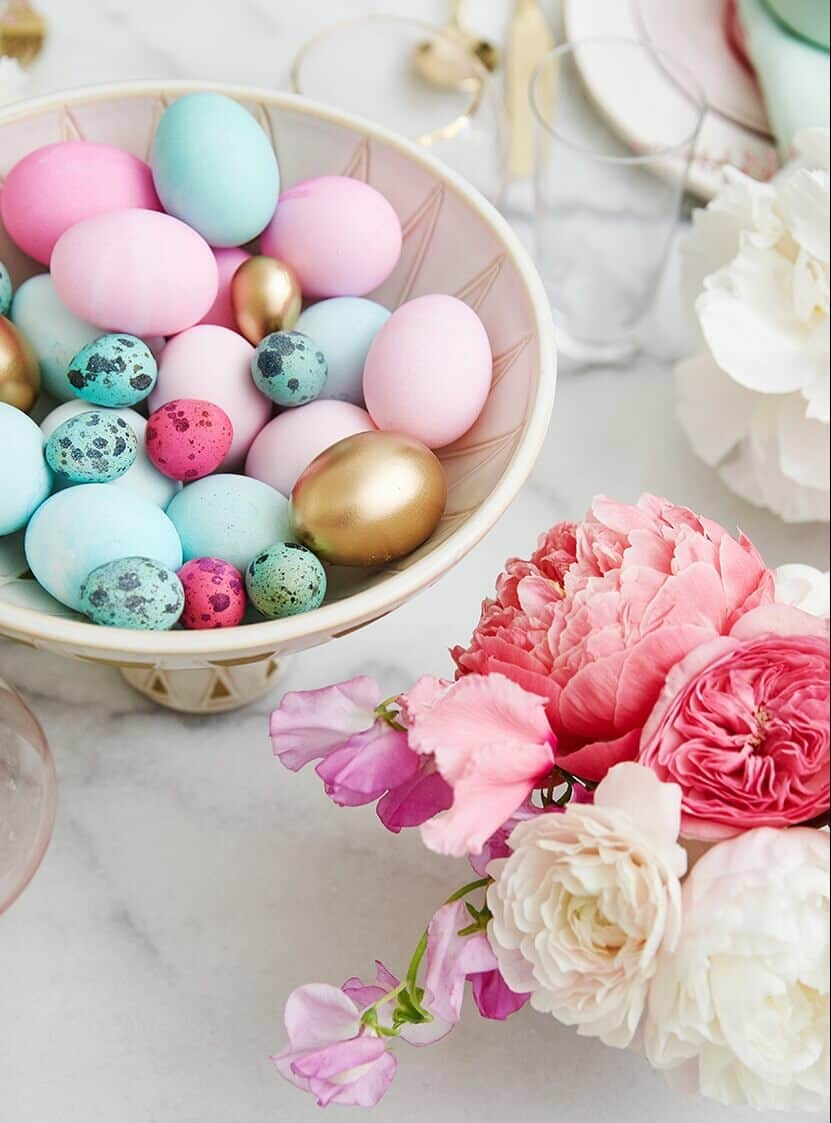 Easy Bright Easter Decor