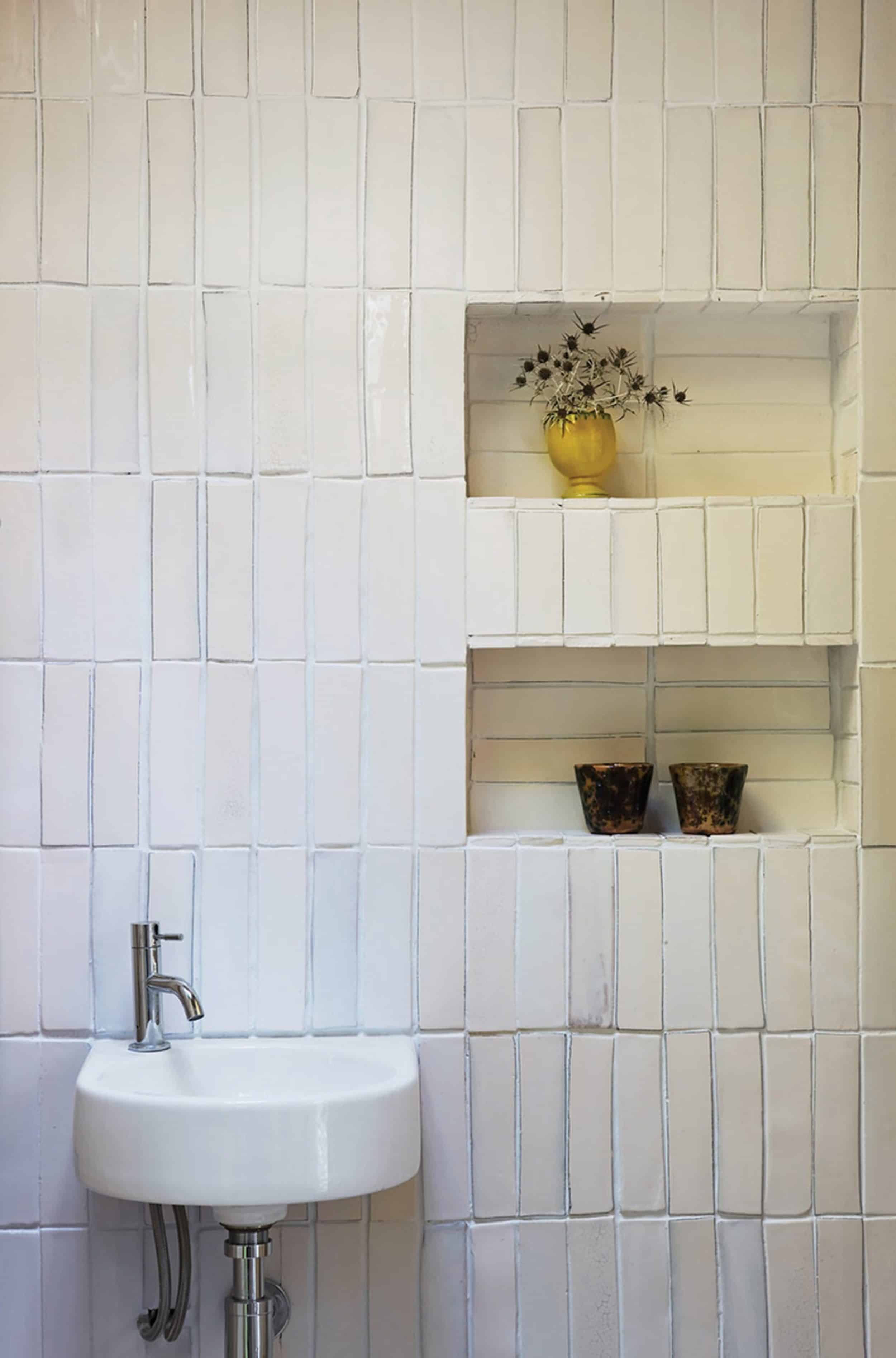 Subway Tile Bathroom Trends