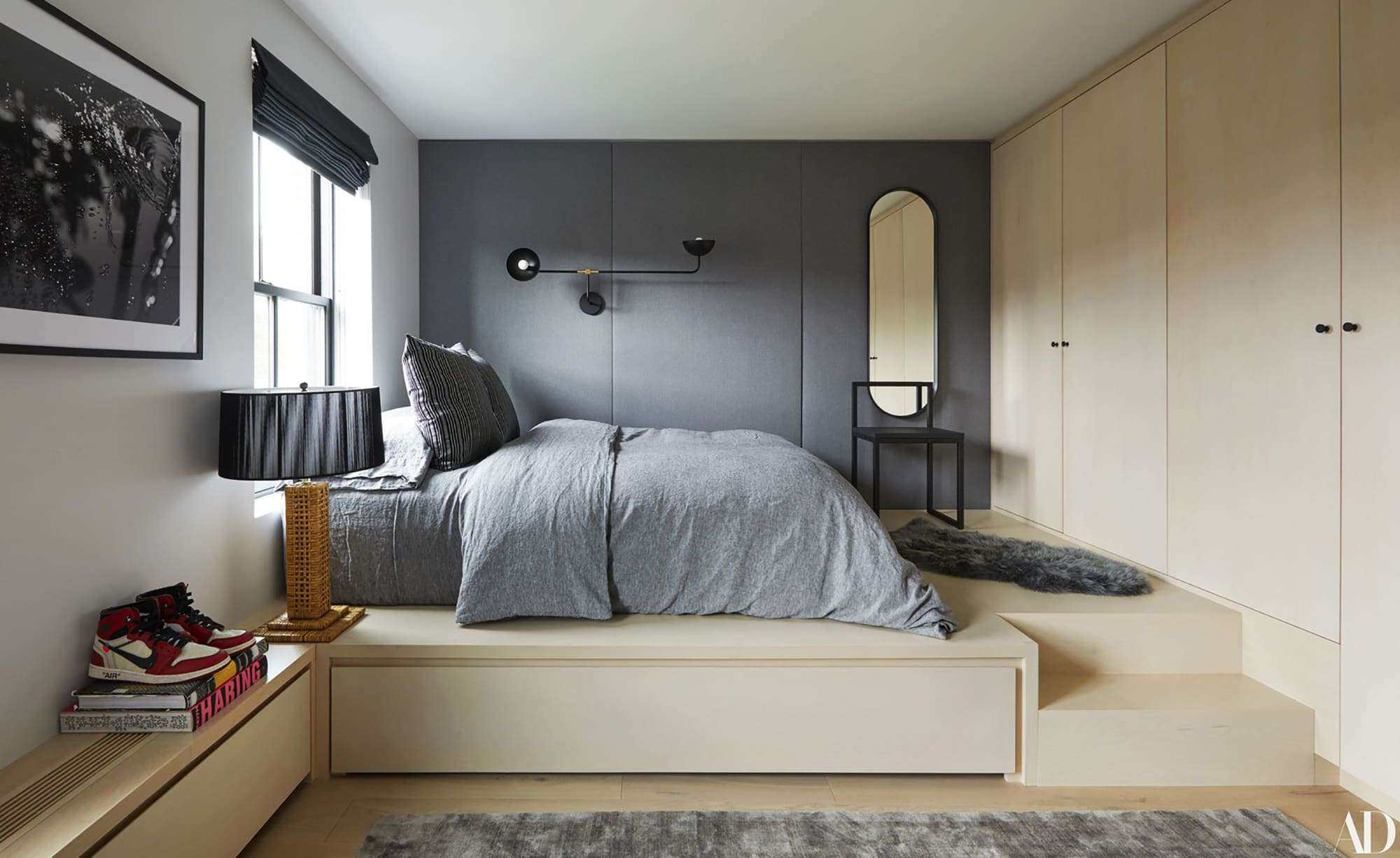 Budget Room: 3 Bedroom Designs Your Teen Will Approve Of on A Teenage Room  id=12727