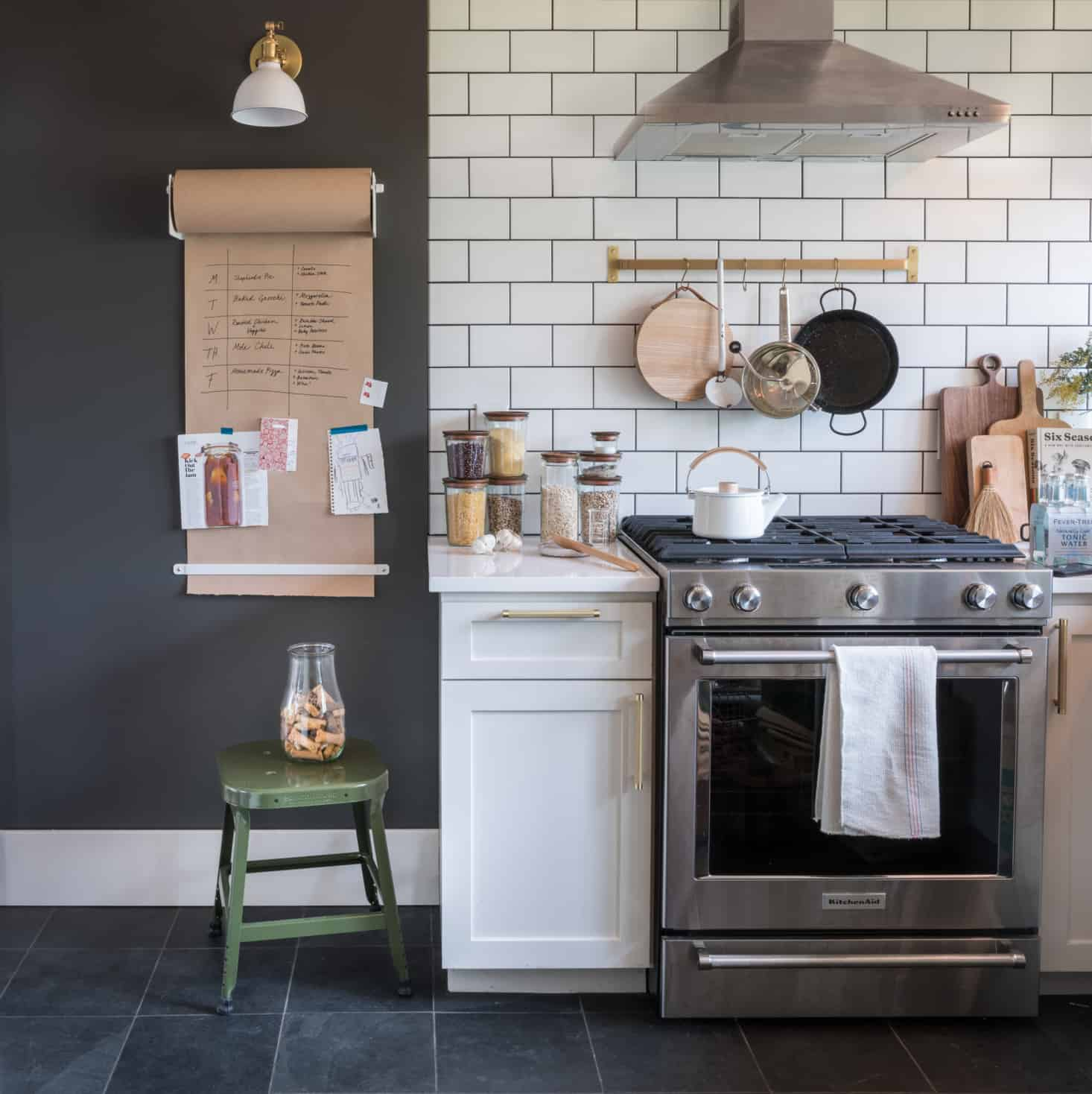 the difference grout color can make to