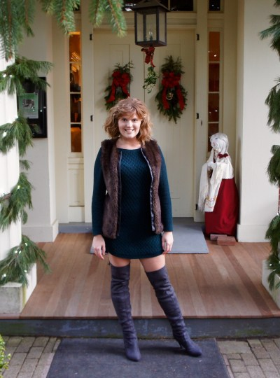 Merry Christmas: Emerald dress & Gray boots