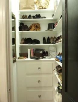 250 shoe closet