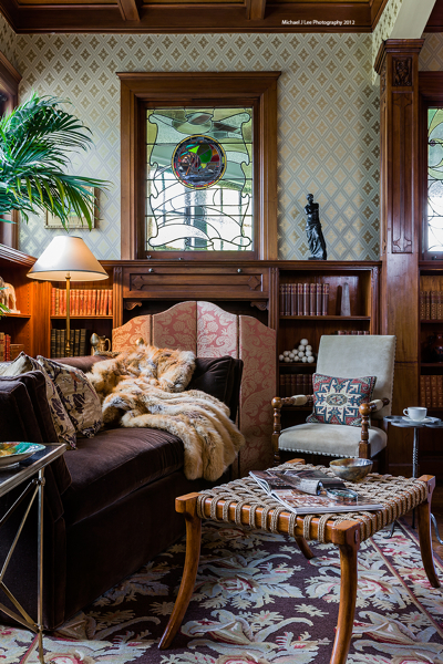 THEO & ISABELLA BOSTON INTERIOR DESIGN LIVING ROOM