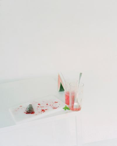 laura-letinsky-untitled-3-fall