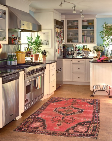 Jamie-Meares-classic-kitchen-kilim-high-gloss