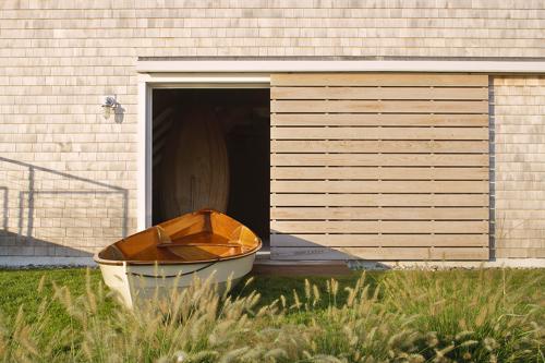 estes-twombly-boat-garage