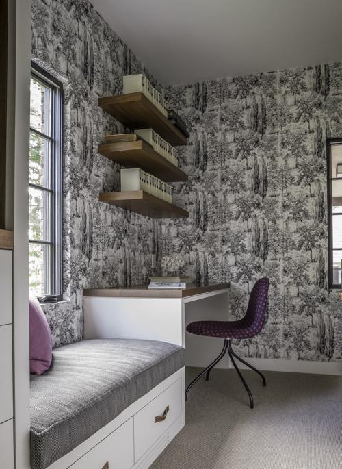 hacin-dressing-room-desk