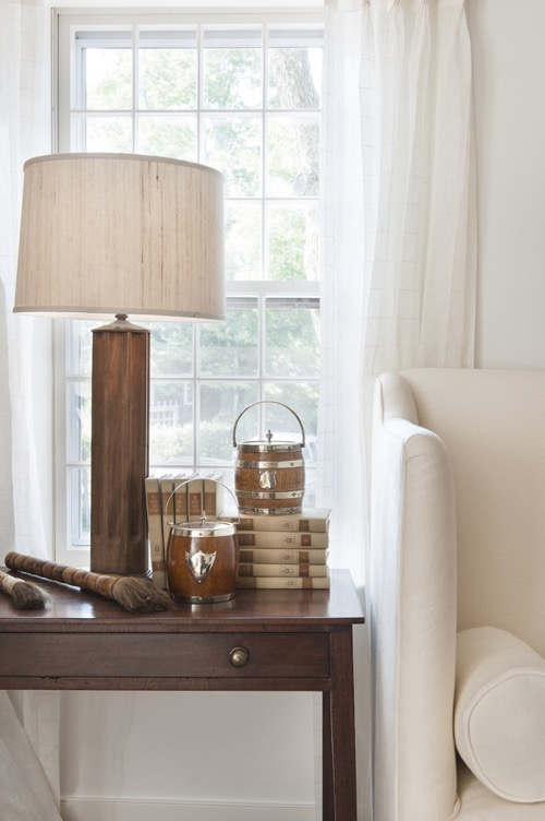 nantucket-elizabeth georgantas-lr-side-table