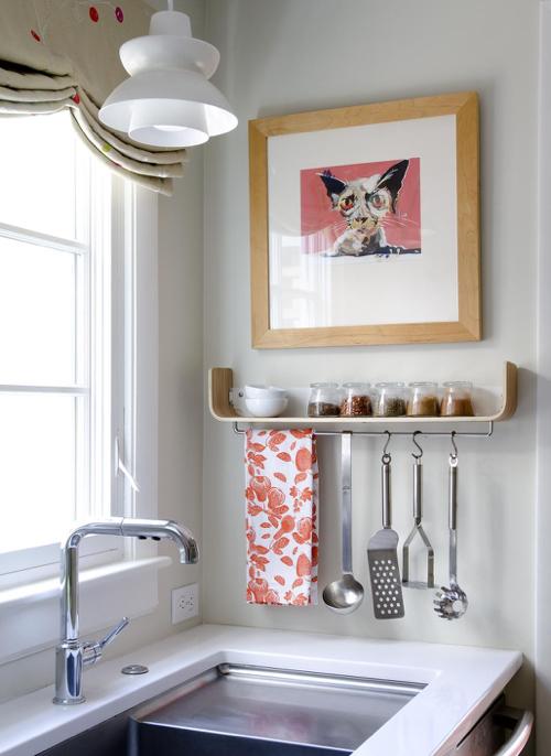 karen-swanson-kitchen-shelf