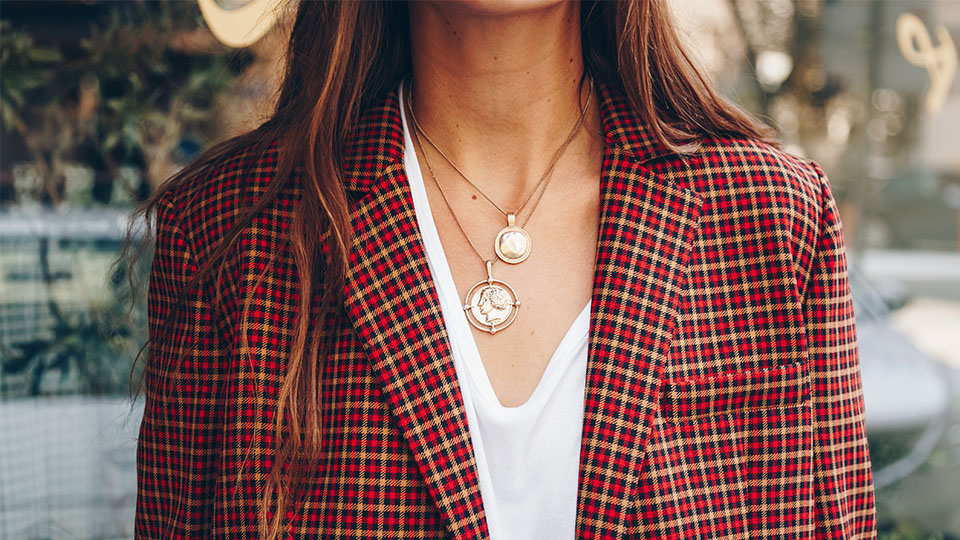 2021 Jewelry Trends To Invest In, From Pendants To Pearls ...
