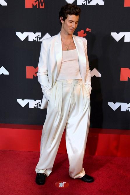 STYLECASTER | VMAs Red Carpet 2021