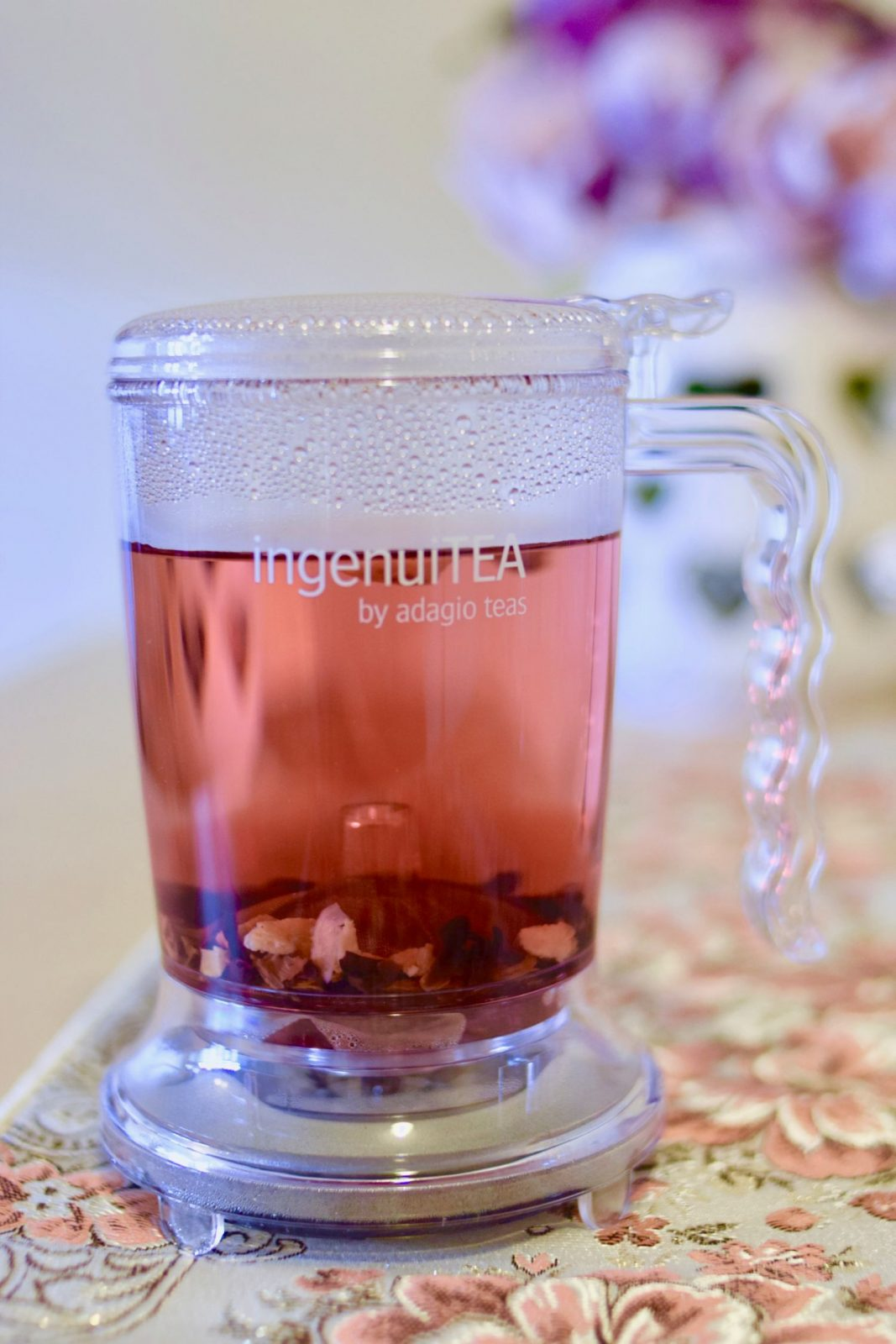 Adagio loose leaf teas brewing in Ingenuitea pot