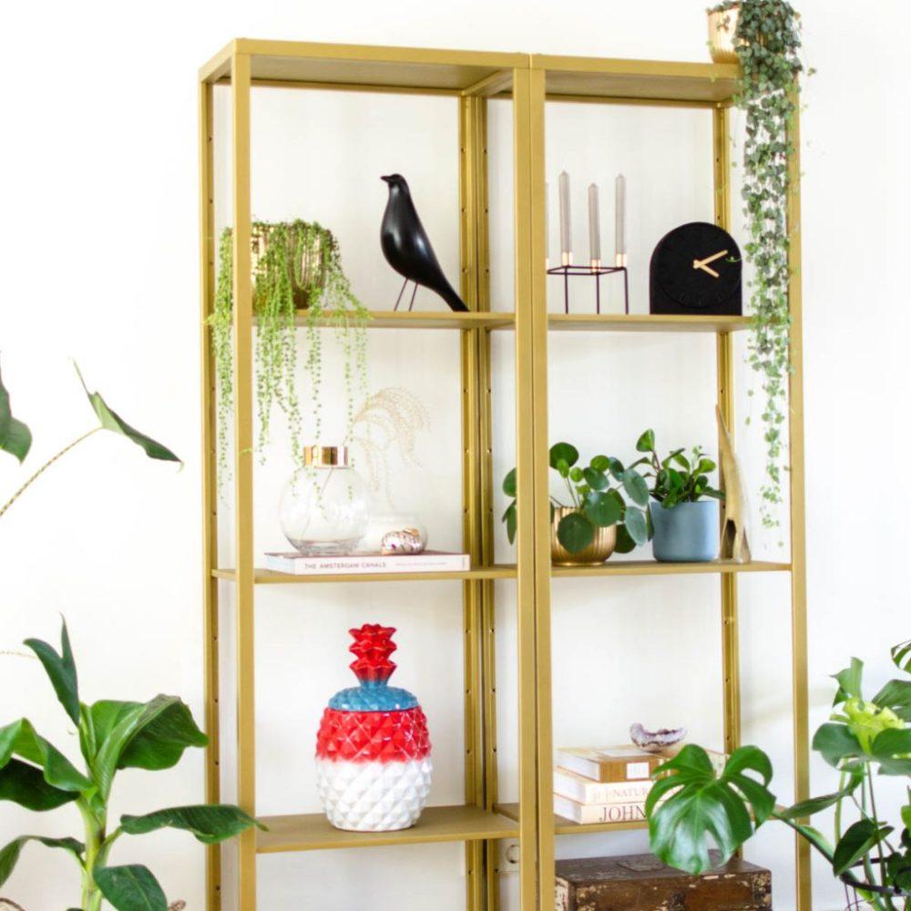 Spiksplinternieuw Ikea hack: Vittsjö kast van basic wit naar chique goud | Styled by EW-75