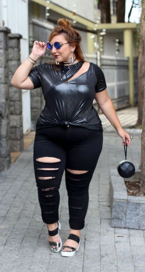 30 Fashion plus size outfit with black pants 14