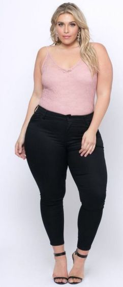 30 Fashion plus size outfit with black pants 29