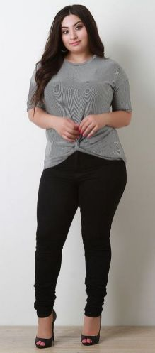30 Fashion plus size outfit with black pants 30