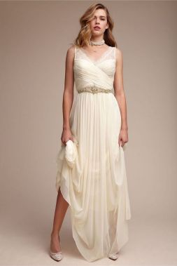 40 Beautiful wedding dresses for 40 year old brides ideas 16