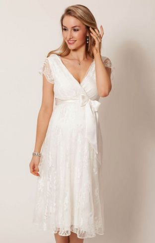 40 Beautiful wedding dresses for 40 year old brides ideas 2