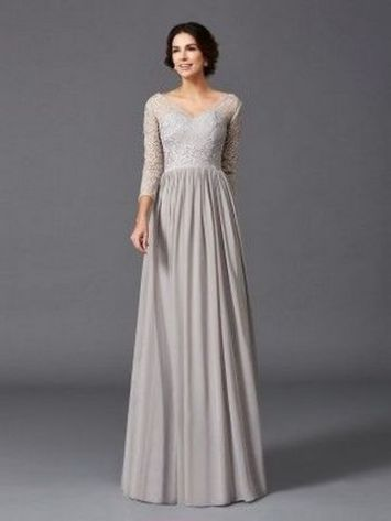 40 Beautiful wedding dresses for 40 year old brides ideas 22