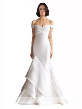 40 Beautiful wedding dresses for 40 year old brides ideas 28