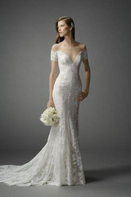 40 Beautiful wedding dresses for 40 year old brides ideas 31
