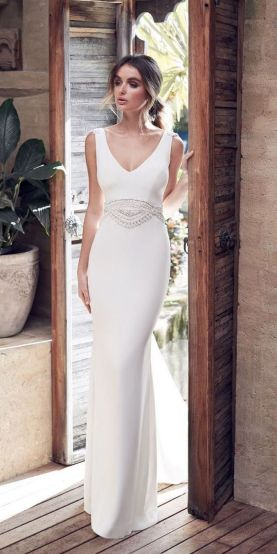 40 Beautiful wedding dresses for 40 year old brides ideas 34