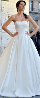 40 Beautiful wedding dresses for 40 year old brides ideas 35