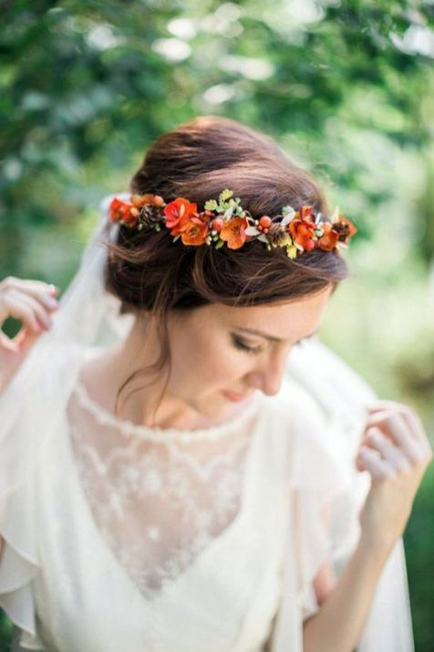 60+Bridal Flower Crowns Perfect for Your Wedding Ideas 26