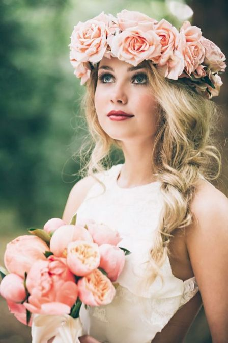 60+Bridal Flower Crowns Perfect for Your Wedding Ideas 38