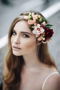 60+Bridal Flower Crowns Perfect for Your Wedding Ideas 43