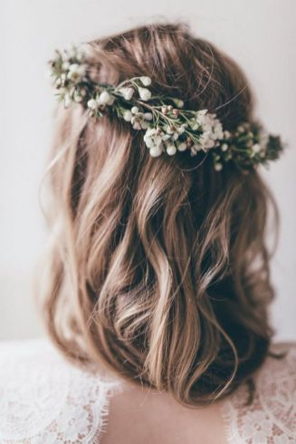60+Bridal Flower Crowns Perfect for Your Wedding Ideas 7
