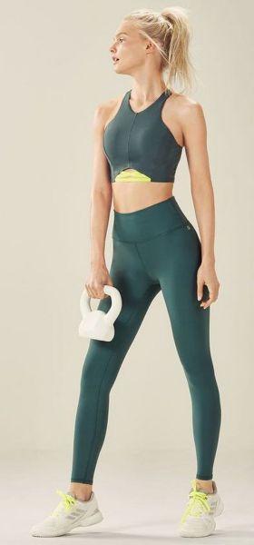 Beautiful yoga pants outfit ideas 30