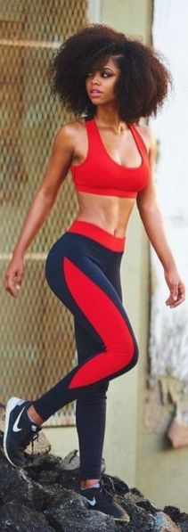 Beautiful yoga pants outfit ideas 35