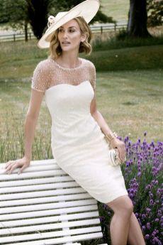 Best wedding dresses for mom of bride idea 16
