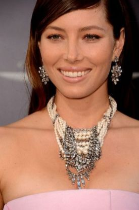 Great Pearl Necklace Outfit Ideas 70+ 52