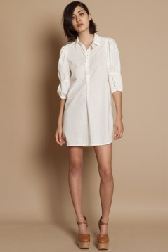 20 White Tunic Shirts for Women 19