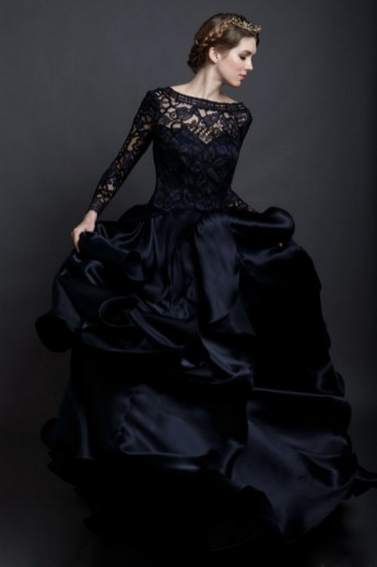 30 Black Long Sleeve Wedding Dresses ideas 4 1