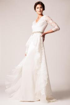 40 High Low Long Sleeve Modern Wedding Dresses Ideass 14