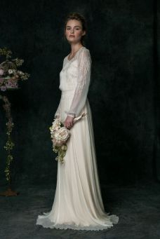 40 High Low Long Sleeve Modern Wedding Dresses Ideass 33