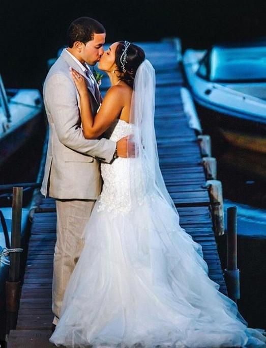 40 Romantic weddings themes ideas 23