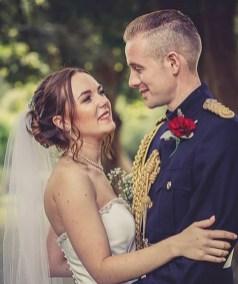 40 Romantic weddings themes ideas 27