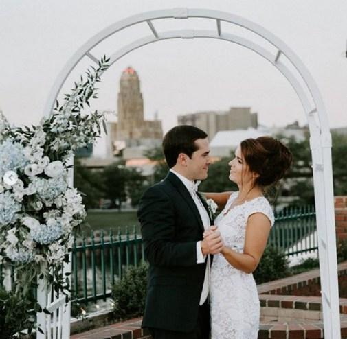 40 Romantic weddings themes ideas 34