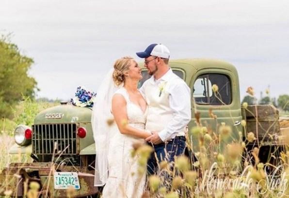 40 Romantic weddings themes ideas 41