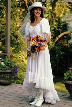 40 wedding dresses country theme ideas 11